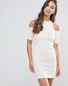 Облегающее платье с вырезами на плечах Glamorous - Кремовый