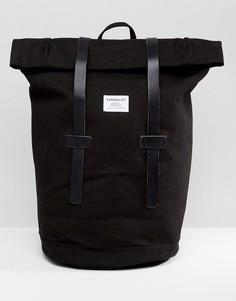 Черный рюкзак с ролл-топом Sandqvist Sonja - Черный