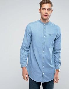 Длинная выбеленная джинсовая рубашка с воротником на пуговице ASOS - Синий