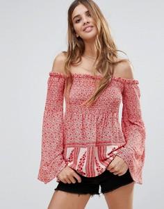 Блузка с цветочным принтом и открытыми плечами Hazel - Розовый