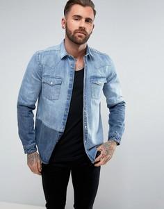 Джинсовая рубашка классического кроя в стиле вестерн со вставками ASOS - Синий