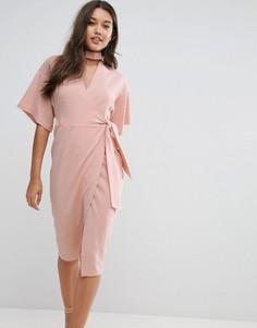 Платье миди с чокером и запахом ASOS - Розовый