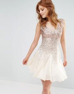 Короткое приталенное платье с пайетками City Goddess - Бежевый