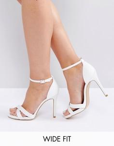Сандалии для широкой стопы на каблуке с ремешком вокруг щиколотки New Look - Белый