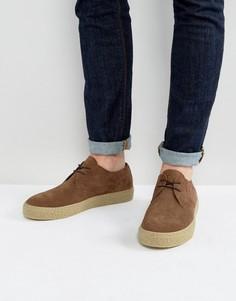 Замшевые коричневые туфли дерби на шнуровке и каучуковой подошве ASOS - Коричневый