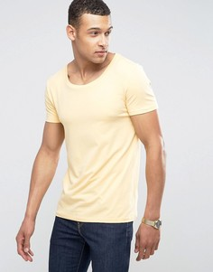 Желтая облегающая эластичная футболка с овальным вырезом ASOS - Желтый