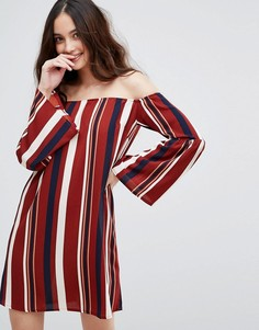 Платье в полоску с открытыми плечами AX Paris - Мульти