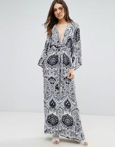 Платье макси в стиле кимоно с принтом пейсли QED London - Темно-синий