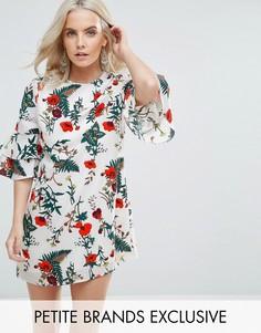Платье с цветочным принтом и рукавами клеш Fashion Union Petite - Мульти