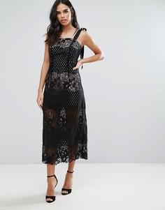 Монохромное кружевное платье макси Liquorish - Черный