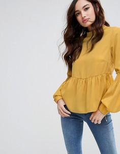 Топ с высоким воротом и сборками Fashion Union - Желтый