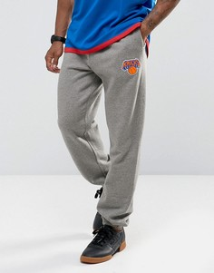 Джоггеры с манжетами Mitchell & Ness New York Knicks NBA - Серый