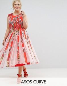 Приталенное платье миди со свободной юбкой и сетчатыми вставками ASOS CURVE - Мульти