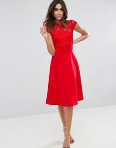 Приталенное платье миди с высоким воротом кружевным топом ASOS - Красный