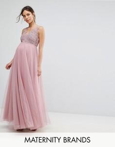 Платье макси с ажурной отделкой на лифе Little Mistress Maternity - Розовый