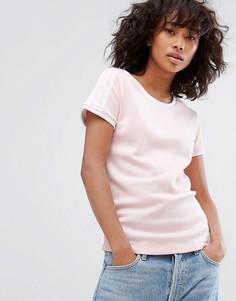 Светло-розовая футболка adidas Originals Sandra 1977 - Розовый
