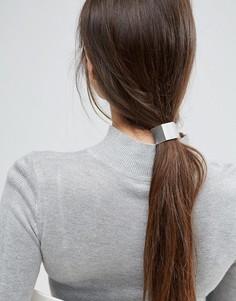 Резинка для волос ограниченной серии с металлической планкой - Серебряный Asos