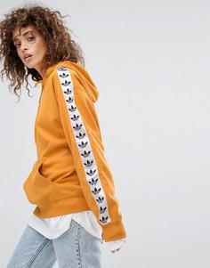 Худи желтого цвета без застежки adidas Originals - Желтый
