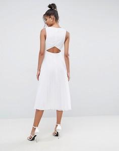 Платье миди с вырезом на спине, плиссировкой и вставками по бокам ASOS - Белый