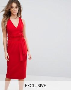 Платье миди с присборенной отделкой на талии Lavish Alice - Красный