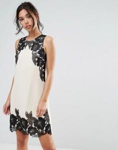 Платье с цветочной отделкой Little Mistress - Розовый