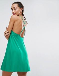 Свободный сарафан мини с кольцом на спине ASOS - Зеленый