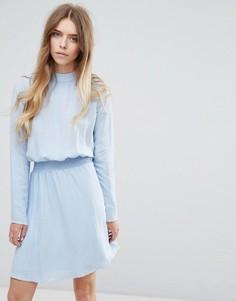 Платье с высоким воротом и присборенной талией Vila - Синий