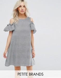 Платье в клеточку с вырезами на плечах New Look Petite - Черный