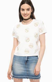 Белая футболка оверсайз с золотистой вышивкой Guess