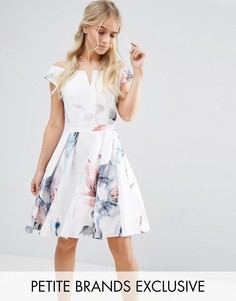 Платье мини для выпускного со спущенными плечами и цветочным принтом Little Mistress Petite - Мульти