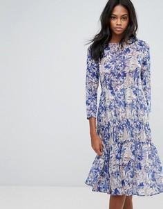 Платье с цветочным принтом и оборкой на подоле Y.A.S - Мульти