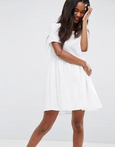Фактурное повседневное свободное платье ASOS - Белый