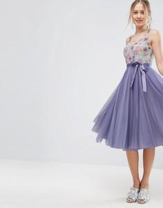 Приталенное платье миди из тюля с цветочной отделкой на лифе ASOS - Мульти