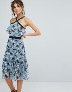 Платье миди с цветочным принтом, баской и люверсами True Decadence - Мульти