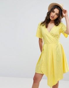 Платье мини с запахом ASOS - Желтый