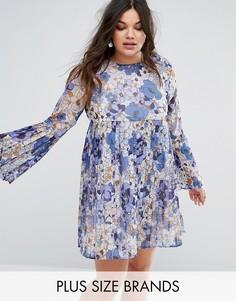Плиссированное платье с цветочным принтом Missguided Plus - Синий
