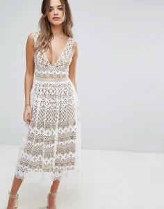 Кружевное платье миди Boohoo - Кремовый