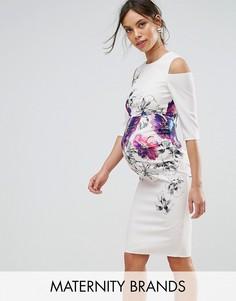 Платье с открытыми плечами и цветочным принтом Little Mistress Maternity - Кремовый