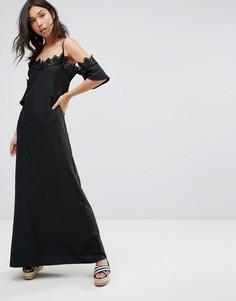 Платье макси с открытыми плечами и отделкой кроше Boohoo - Черный