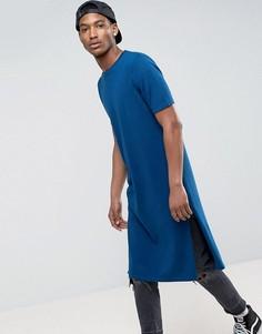 Темно-синяя трикотажная футболка удлиненного кроя с разрезами по бокам ASOS - Темно-синий