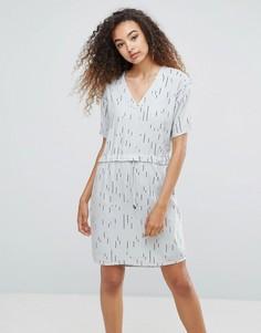 Цельнокройное платье с принтом Ichi - Серый