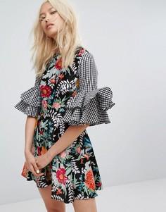 Платье с клетчатым и цветочным принтом и рукавами клеш House Of Holland - Мульти