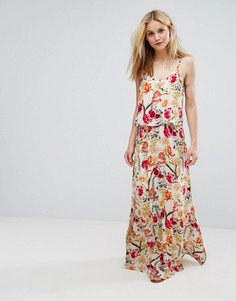 Платье макси н бретельках с цветочным принтом Soaked In Luxury - Мульти