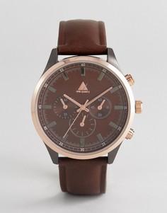 Часы с коричневым ремешком из искусственной кожи и золотистым корпусом ASOS - Коричневый
