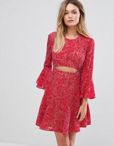 Кружевное платье с вырезом BCBG MAXAZRIA - Красный