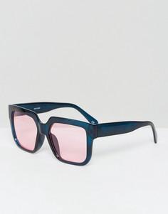 Квадратные солнцезащитные очки с красными стеклами ASOS - Черный