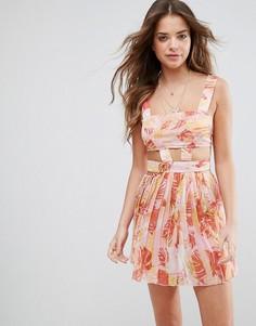 Розовое пляжное шифоновое платье с вырезами и пальмами ASOS - Мульти