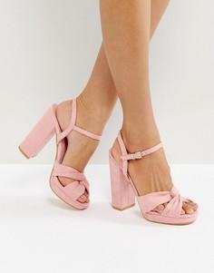 Босоножки на платформе с узелками Truffle Collection - Розовый