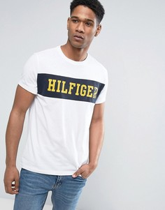 Белая футболка с логотипом на груди Tommy Hilfiger Denim - Белый
