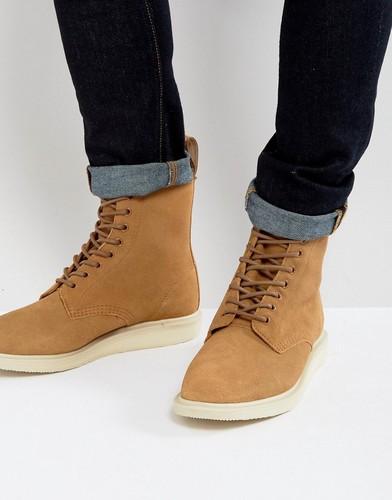 Замшевые высокие ботинки Dr Martens Whiton - Бежевый